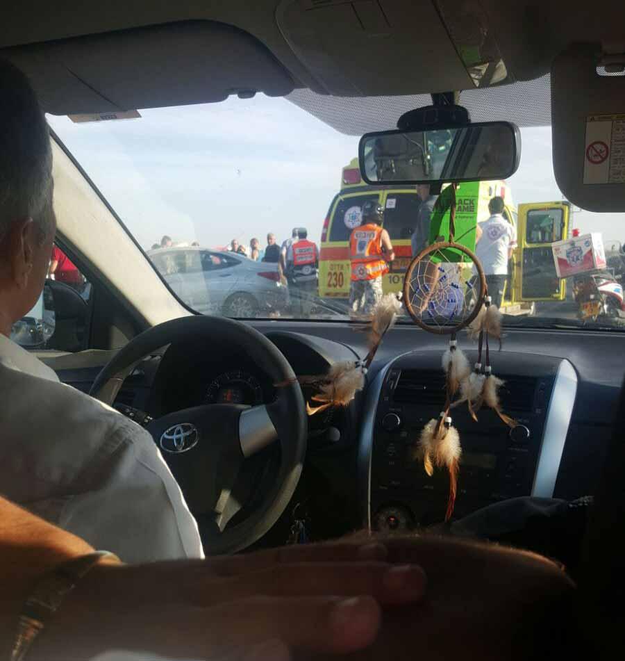 תאונת דרכים ביציאה מבית שאן. צילום איציק סיבוני