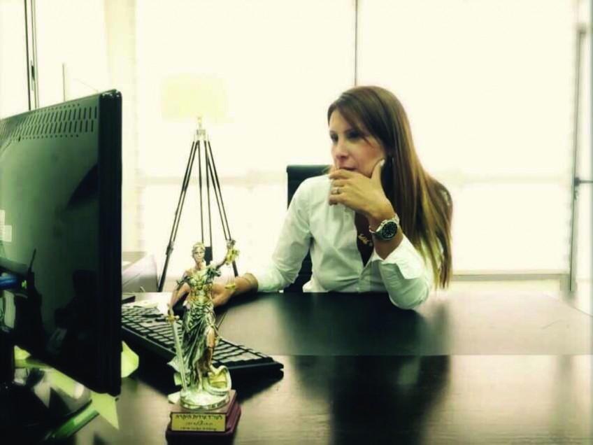 לא לגברים בלבד! – חייה של עורכת דין פליליסטית