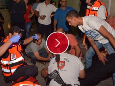 """צפו: פיגוע דקירה בעפולה, פצוע בינוני הובהל לבי""""ח """"העמק"""""""