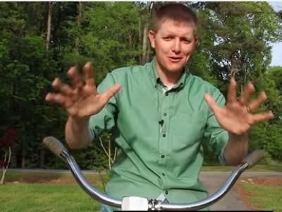 כל מי שניסה לרכוב על האופניים האלו נכשל. הסיבה לכך תשאיר אתכם בהלם