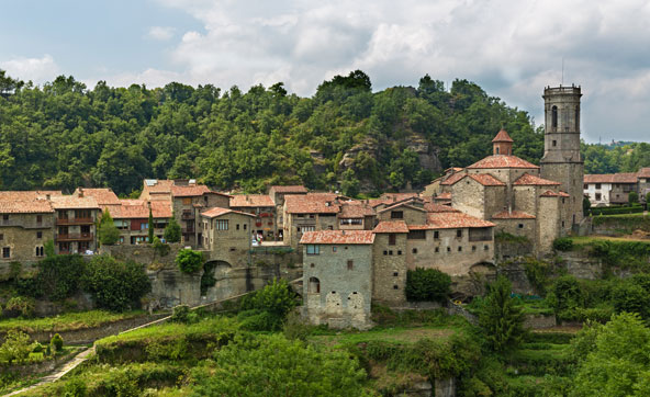הכפר רופיט, עם בתי האבן העתיקים שלו, לא השתנה כמעט במשך מאות שנים
