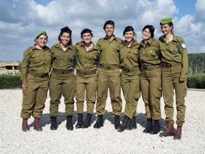 שבעה נציגים לעמק יזרעאל בסיום קורס מפקדי כיתות טירונים