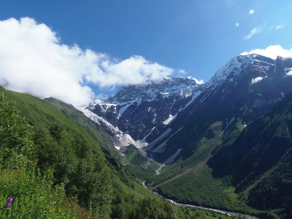 גיאורגיה: נוף הרים מדהים