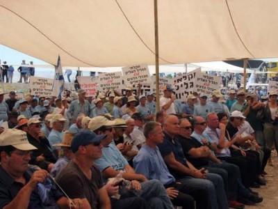 """מחאת חקלאי ענף המדגה: זהו מאבק על פרנסת המגדלים בעמק"""""""