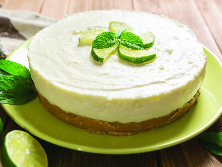 חג שבועות לבן ונטול גלוטן: מתכון מפנק לעוגת גבינה אוורירית ולימונית
