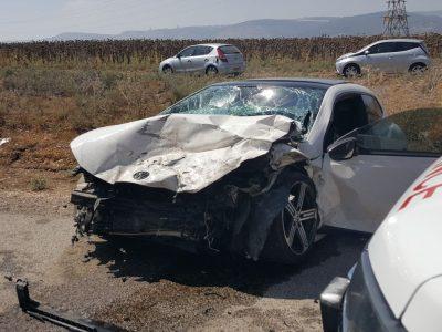כביש 65: שני פצועים קשה בתאונת דרכים חזיתית