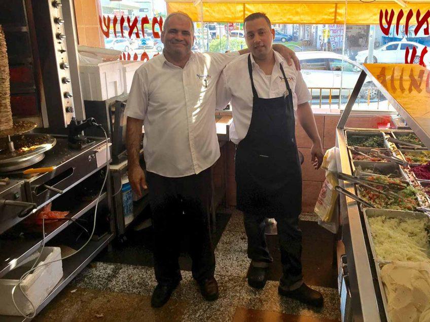 סמיר ממעדני המזרח התחיל לפנק את הלקוחות גם בבתי הלקוחות עם קייטרינג ממש טעים