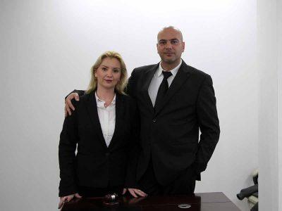 הירש נגד הירש: בבוקר אבא ואמא- בצהריים יריבים בבית המשפט