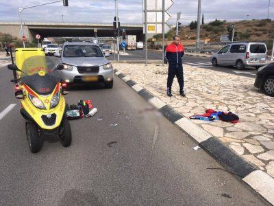 בן 25 נפצע קשה מפגיעת רכב בכביש 65 – מגולני לעפולה
