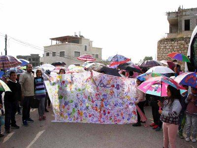 האם הגשם יטפטף? ילדי הכפר סנדלה מתפללים