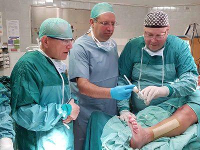מדע בדיוני במרכז רפואי העמק-מגדלים עצמות אדם במעבדה ומשתילים בגוף