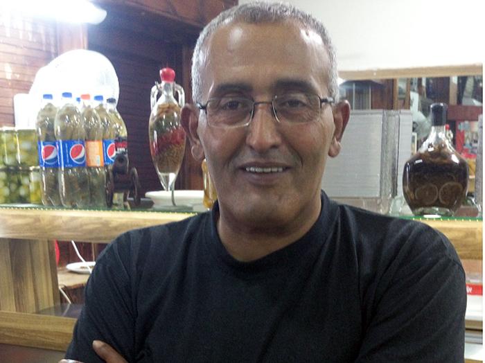 סולטן אבו פול, השף ומבעלי המסעדה