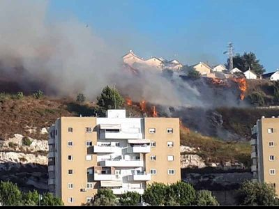 נצרת עילית: דיירי בניינים פונו בשל שריפה
