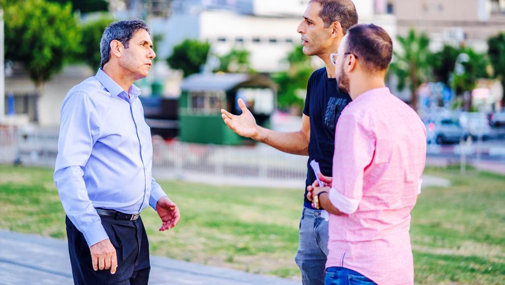 """""""תפקיד של ראש עיר מספק הרבה יותר מתפקיד של חבר כנסת או שר"""", יצחק מירון, השבוע במתחם התחנה"""
