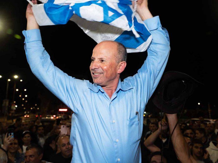 הלילה: מסיבת הניצחון של אבי אלקבץ