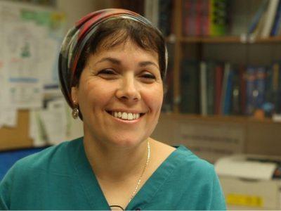 האחות קציעה כהן ממרכז רפואי העמק תקבל את אות הנשיא