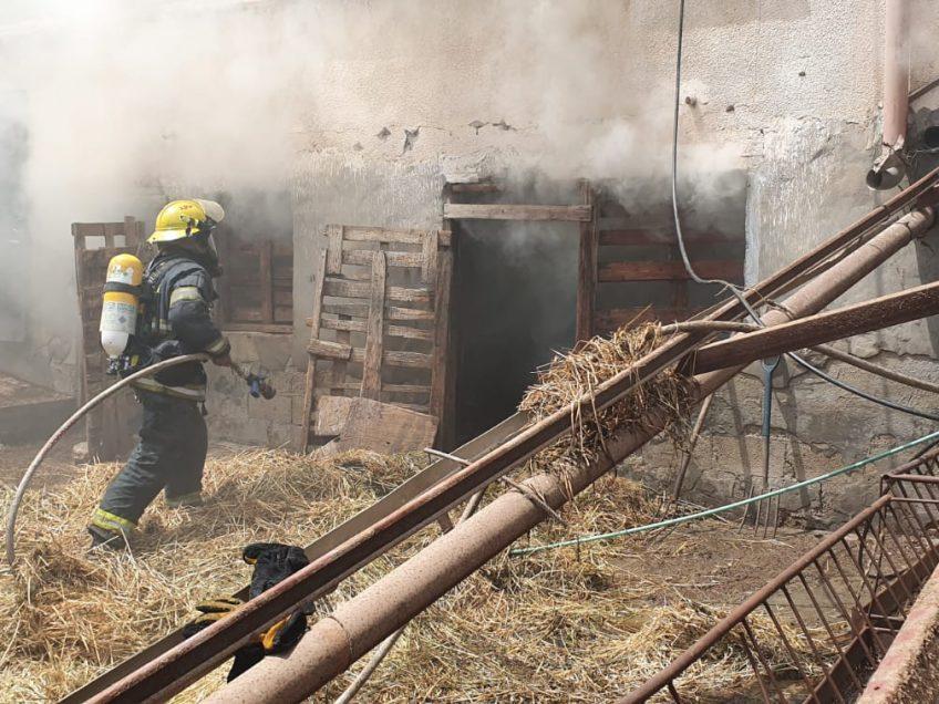 """לוחם אש טופל על ידי מד""""א במהלך שריפה באזור נצרת"""