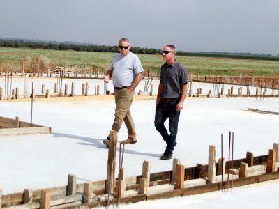 בגלבוע החלו בבניית כלביה אזורית