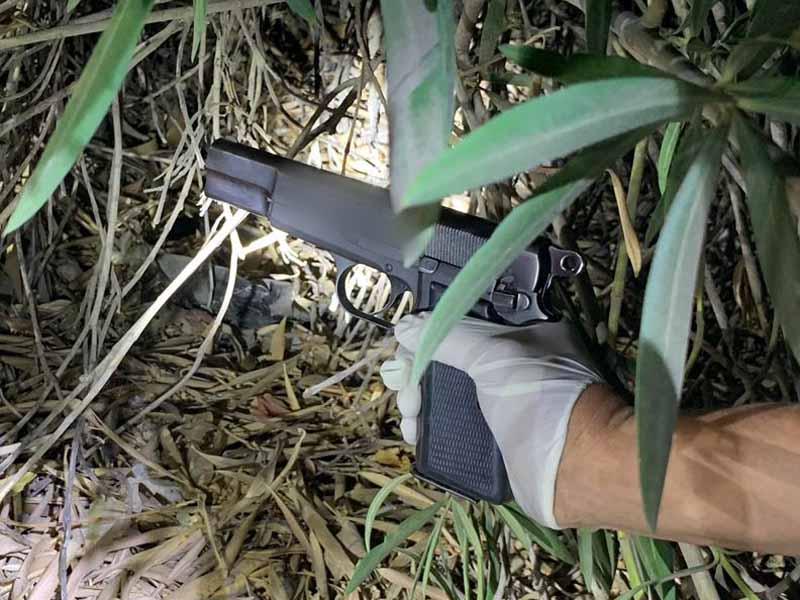 ברכבו של עורך דין מוכר מהעמק נתפס אקדח ותחמושת ללא רישיון