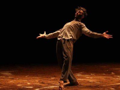 כבוד: א.מ.י העניקה מלגה לאמן מבצע לרקדן איתי פרי- בן עפולה