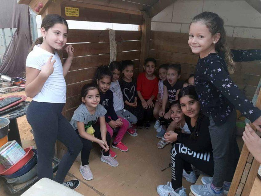 משדרות המופגזת לגן הילדים בעפולה