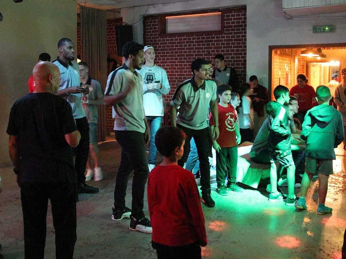 שחקני גלבוע גליל והאוהדים במשחקי גיימינג