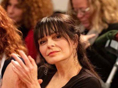 מכללת אורנים:יעל גלוברמן, משוררת, סופרת ומרצה במכללה זכתה בפרס ראש הממשלה לשנת 2019