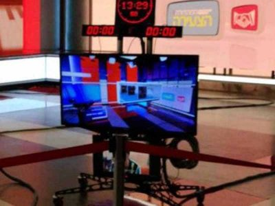 """והרי החדשות: תלמידי ויצו ניר העמק ביקרו באולפן """"חדשות 12"""""""