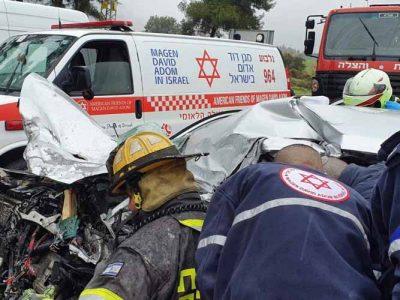פצוע במצב קשה בתאונה בכביש 65