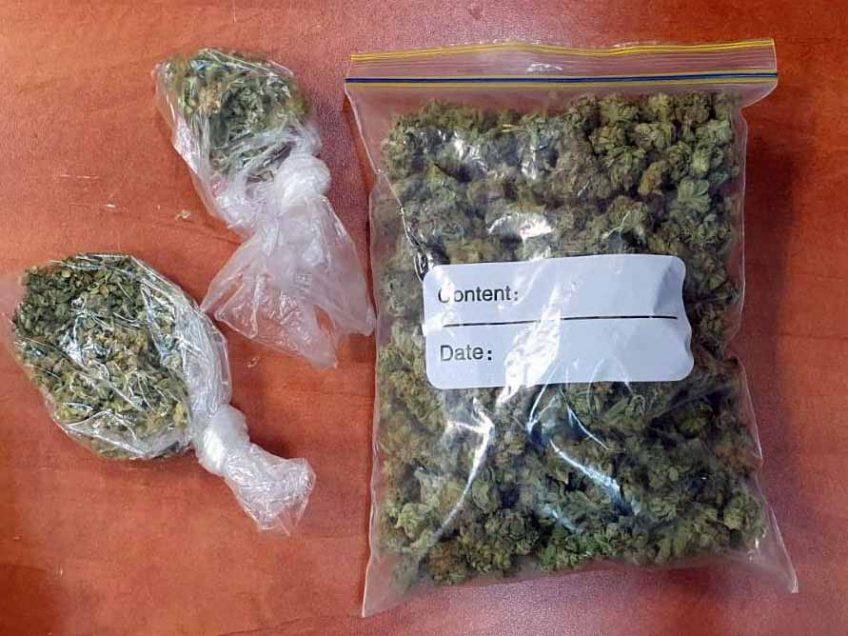 סמים בכמות מסחרית נתפסה במכונית שנעצרה בבדיקת רישיונות שגרתית