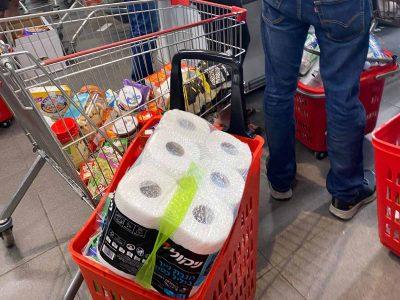 """מסתערים על המרכולים? באיגוד תעשיות המזון אומרים: """"גם בעת משבר – אין מחסור"""""""