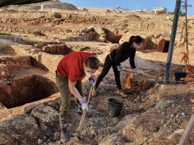 לחיים: בנצרת נחשפו גתות לייצור יין מלפני 1600 שנה