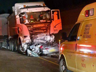 צעיר נהרג בתאונת דרכים קטלנית בין ציפורי לסוללים