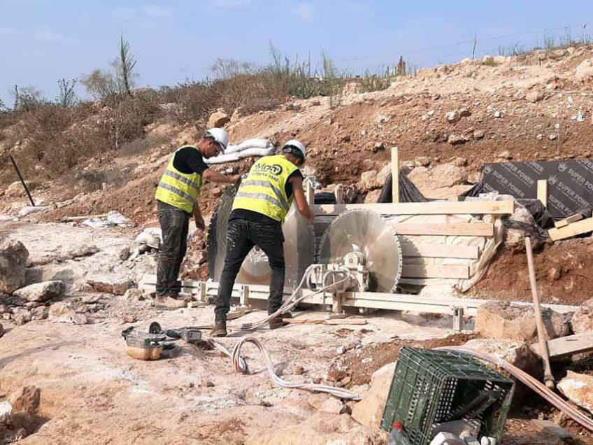 עמק יזרעאל: החל מבצע ההצלה של המקווה עתיק בן 2,000 שנה
