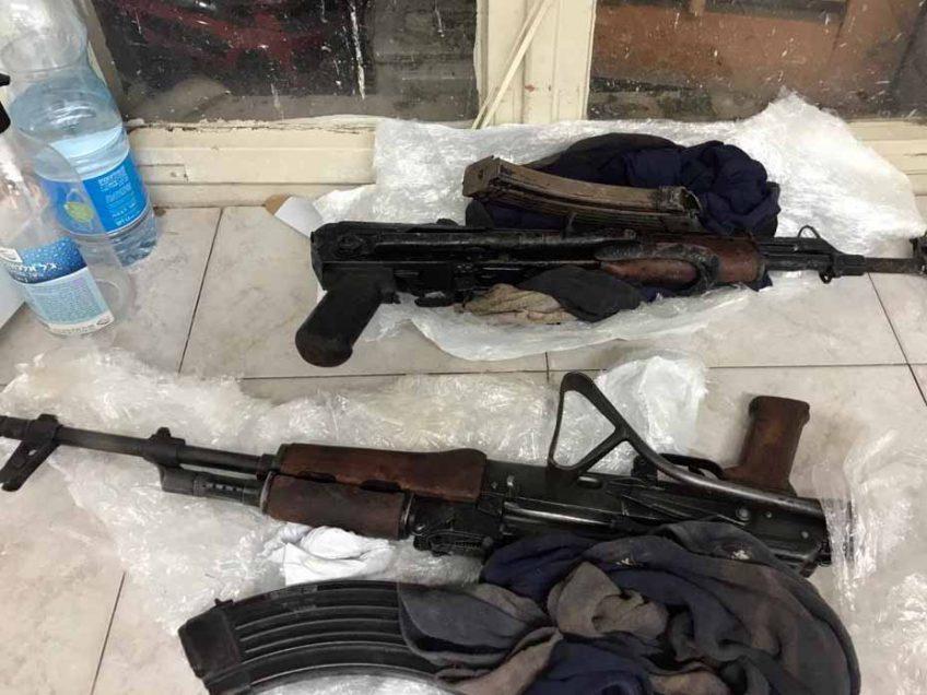 בתום מרדף משטרתי: תושב כפר בעמק נתפס עם שני רובי קלצ'ניקוב