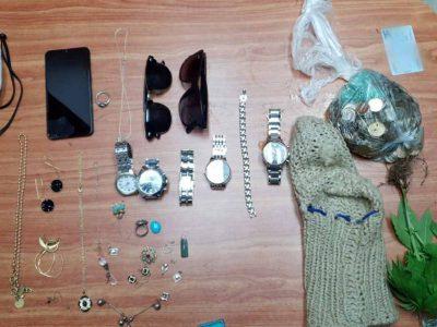 חשד: גנבו רכוש והחביאו אותו בתוך פח בבית כנסת