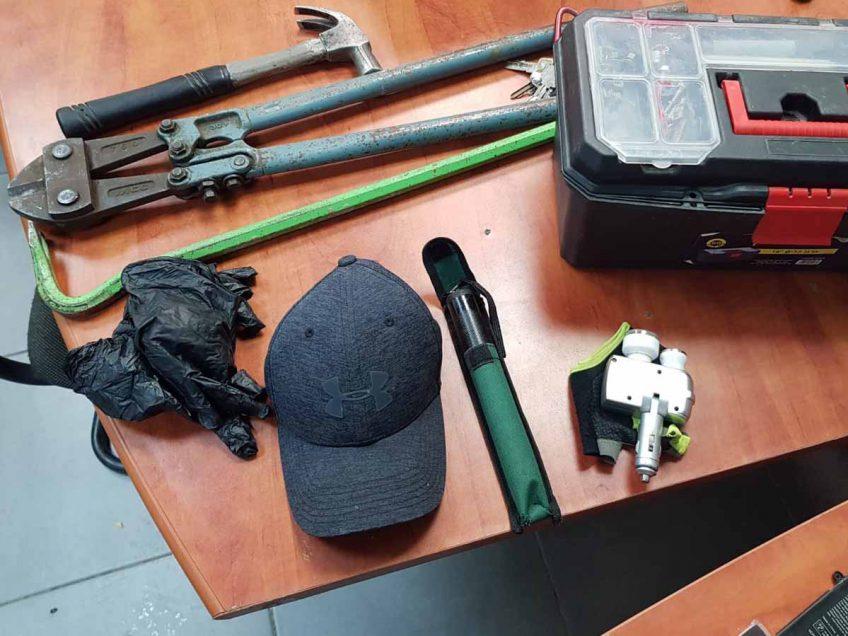 """עפולה: המשטרה הציבה """"פיתיון""""- חשוד בהתפרצות וגניבה נעצר"""