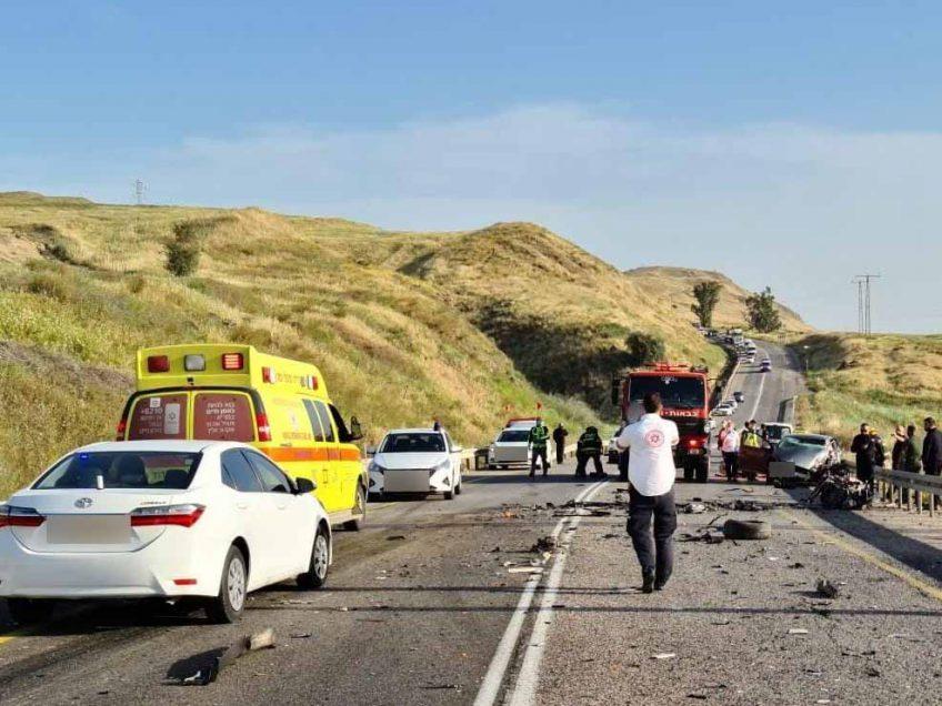 בן 40 נהרג בתאונת דרכים קטלנית בין מנחמיה לבית שאן