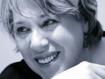 """""""מחט – נקב – רוח"""": תערוכת יחיד לאמנית סימה לוין מעפולה"""