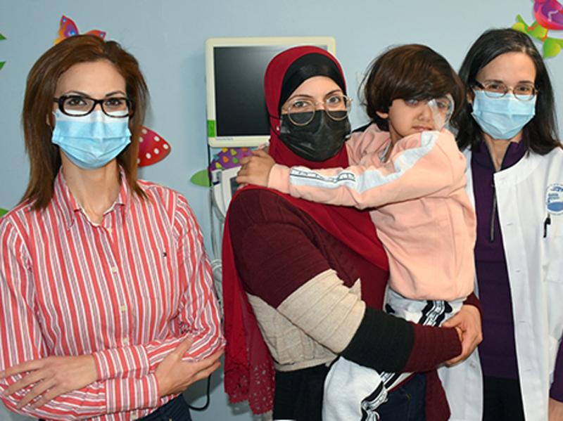 אחד למיליון: ניצלה מעיוורון הנגרם בשל מחלה גנטית נדירה ביותר