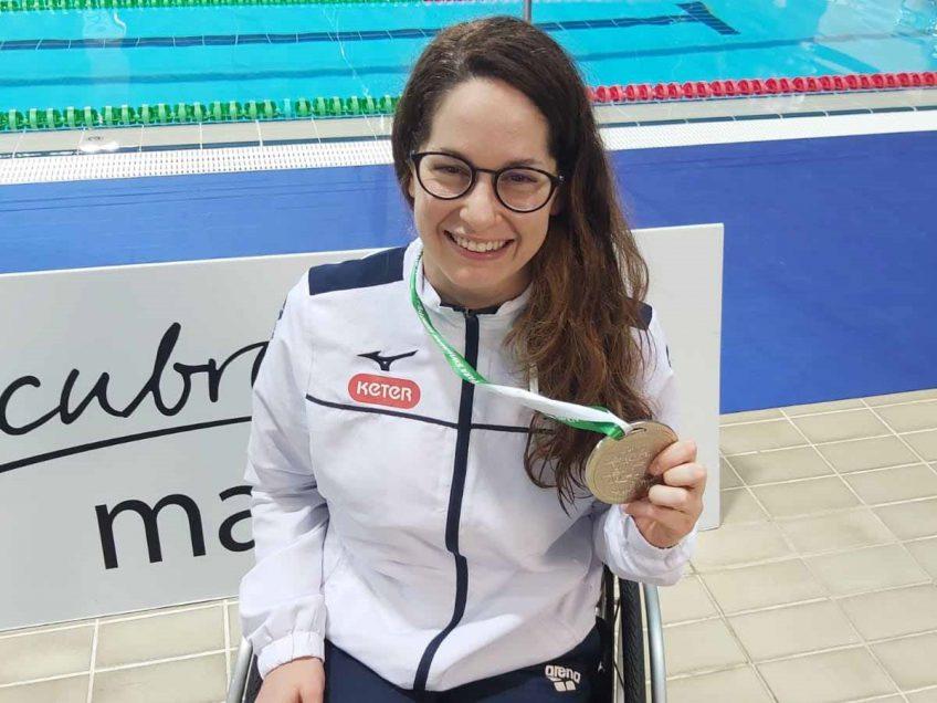 גאוות העמק: השחיינית הפראלימפית אראל הלוי זכתה במדליית כסף באליפות אירופה ושברה שיא ישראלי