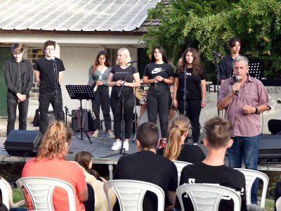 עושים מוזיקה בכפר הנוער בנהלל