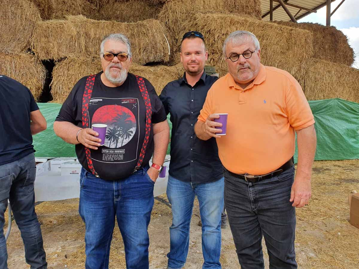 """באירוע מכירת הפרים השנתית פגש עו""""ד יונתן הירשפלד, את העיתונאי מנחם הורוביץ ורפי גינת"""