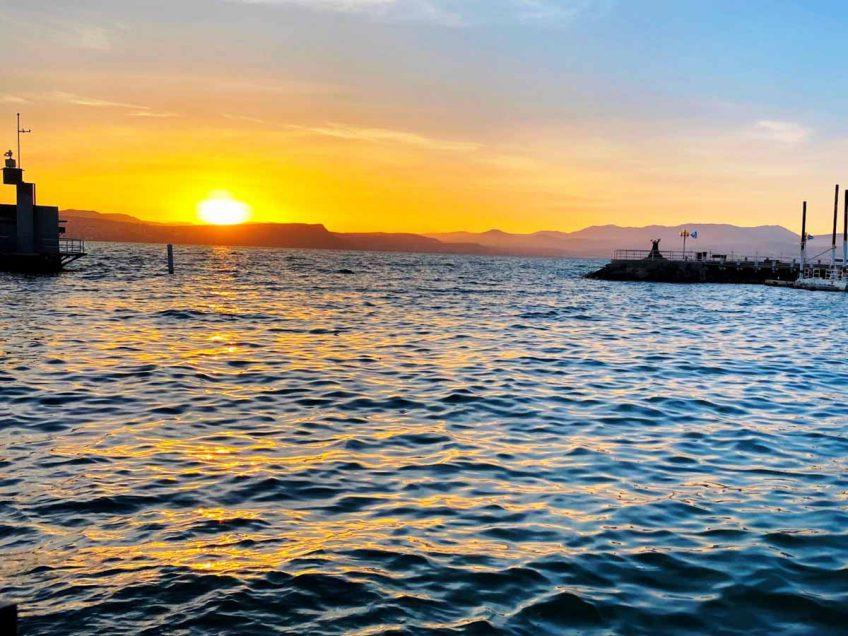 לחגוג את הקיץ והחופש הגדול בנמל עין גב בכינרת