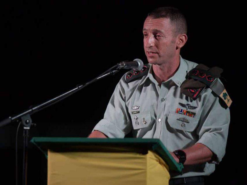 גולני שלי: בטקס מרגש הוענקו אותות המערכה ברצועת הביטחון ודרום לבנון ליוצאי החטיבה